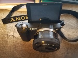 Sony alpha a5000 mirrorless camera with 16-50mm lens