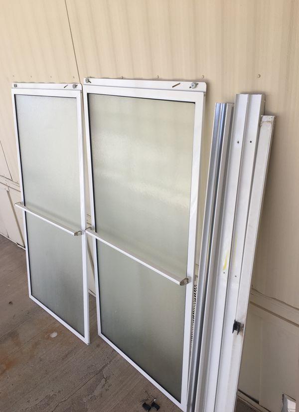 "54"" shower door (General) in Yuma, AZ - OfferUp"