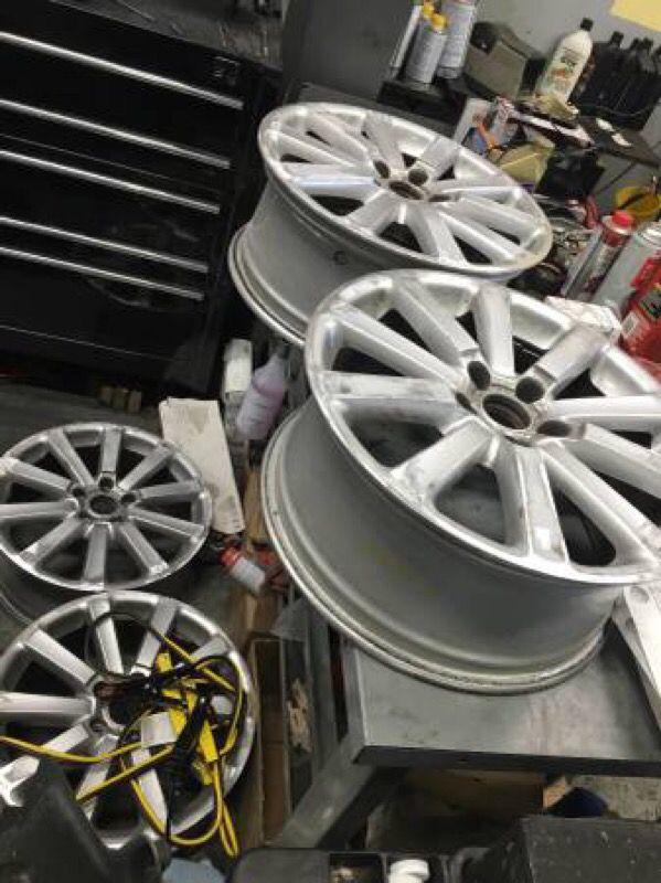 08 Vw R32 18 Quot Auto Parts In Des Moines Wa Offerup