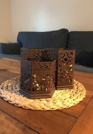 3 candle holder centerpiece