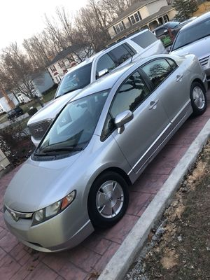 Honda Civic año 2006. Con 106173 millas
