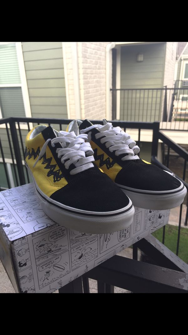 0bac0bb240 Vans old skool peanut snoopy collab sz 11.5 (Clothing   Shoes) in Houston