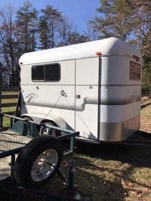 2 Horse Bumper Pull Thoroughbred trailer