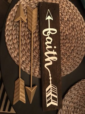 Rustic Wooden Faith Sign withArrows