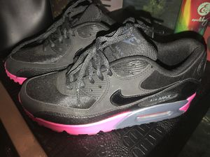 Nike Air MAX Hot pink and Black!!