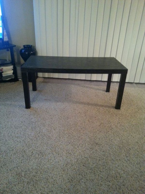Coffee table furniture in everett wa offerup for Furniture in everett