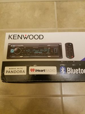 Kenwood cd player with Dual bluetooth