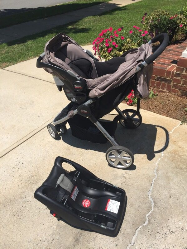britax b agile with car seat and base baby kids in cornelius nc. Black Bedroom Furniture Sets. Home Design Ideas