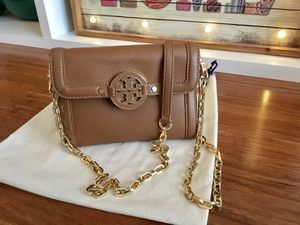 Authentic Tory Burch new Amanda Chain Crossbody bag