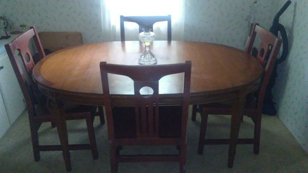 Dining Room Table with 5 Extra Wide Matching Chairs (Furniture) in ...