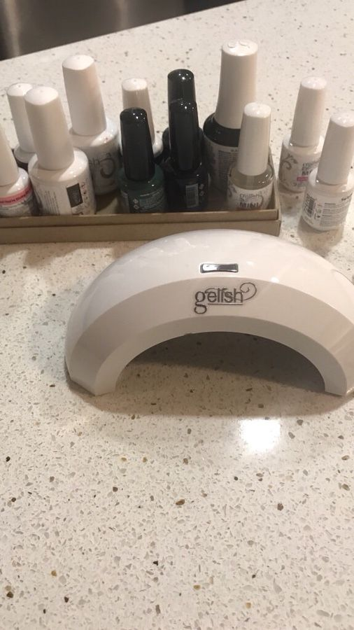 Gelish at home gel manicure nail dryer (Beauty & Health) in Redwood ...