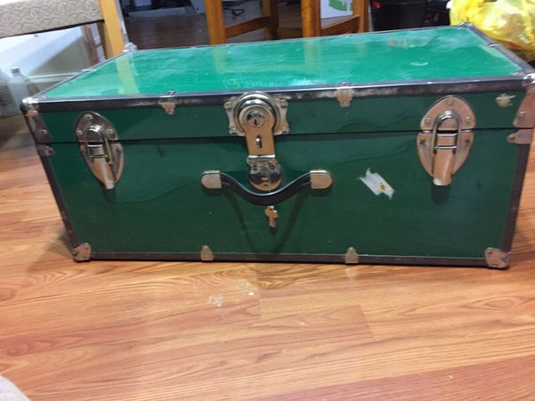 Trunk furniture in auburn wa offerup for Furniture auburn wa