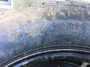 Tire P225/60R16