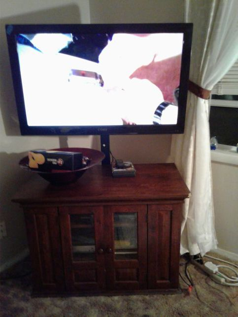 36 1/2 Coby flat screen TV with intertaiment center and tv mount everything  for