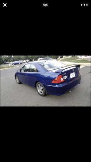 Honda civi en buenas condiciones 2004 millas 14000 mil