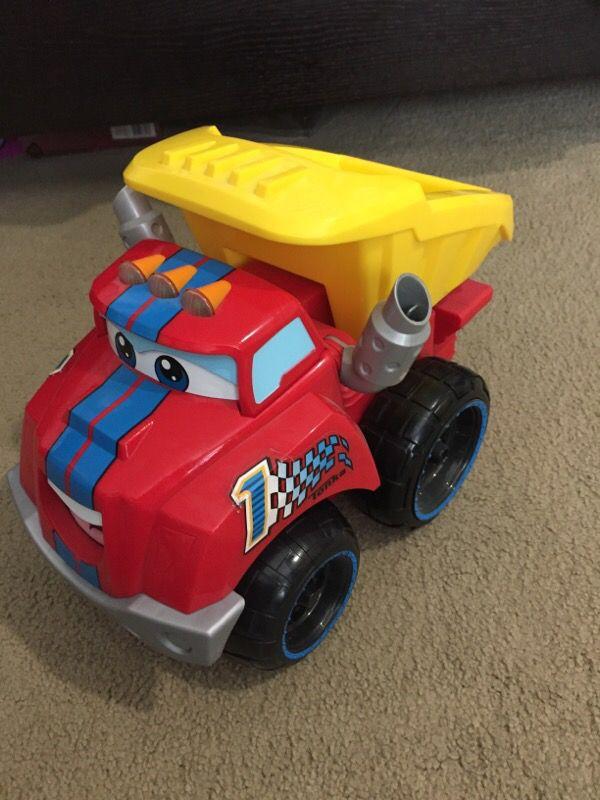 Toys For Trucks Everett : Tonka chuck the truck games toys in everett wa offerup