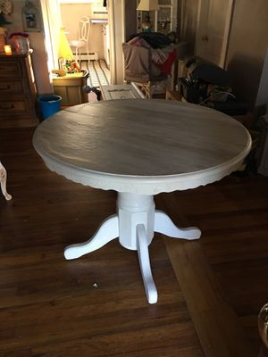 Newly Refinished Pedestal Table