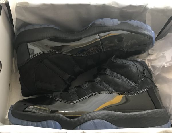 buy online 42d11 66515 Air Jordan Retro 11 Cap and Gown (Size 10) (Clothing   Shoes) in Los Angeles,  CA - OfferUp