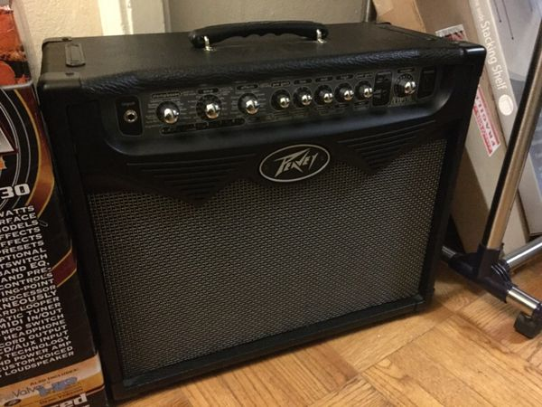 peavey vypyr 30w modeling amplifier electric guitar amp musical instruments in seattle wa. Black Bedroom Furniture Sets. Home Design Ideas