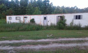3 bedroom trailer need gone asap