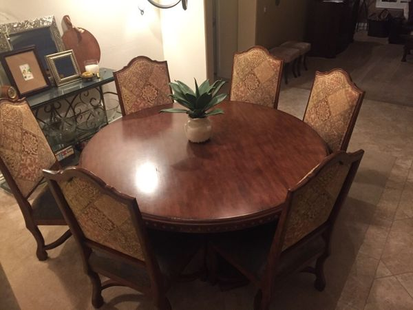 6ft 72 Round Rustic Tuscan Mediterranean Dining Table With 6 Oversized Leather Upholstered Chairs Furniture In Las Vegas NV