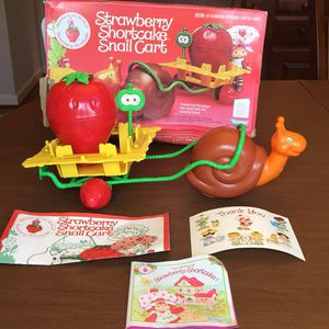 Strawberry Shortcake Snail Cart and Berry Cycle