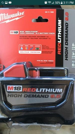 bateria milwaukee 9.0 nueva
