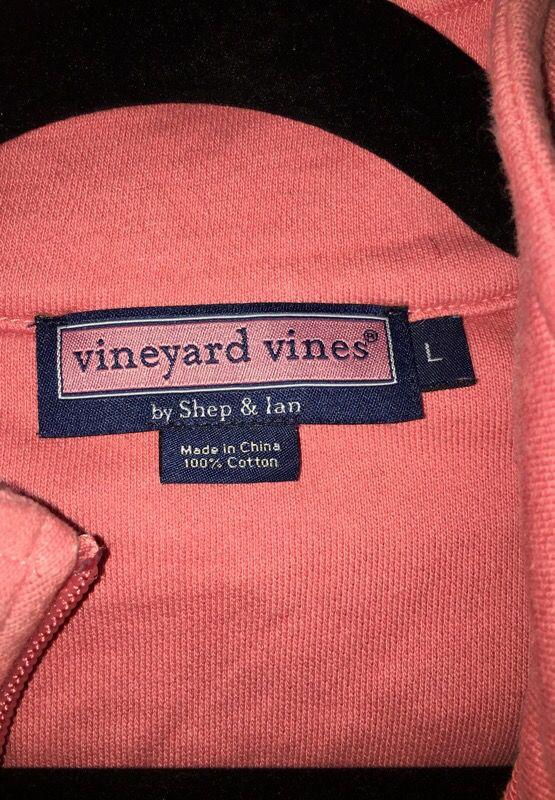 Vineyard Vines zip up - Large