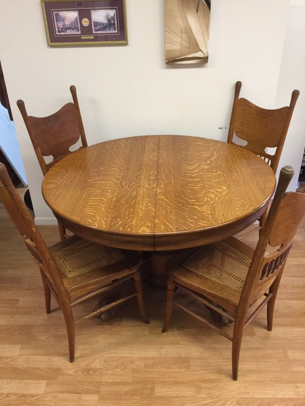 antique victorian tiger oak round dining table and chairs circa 1900 here is a nice - Oak Round Dining Table