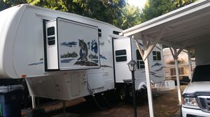 RV, 2006 Wildcat by Forest River, 5th Wheel, 30ft. L