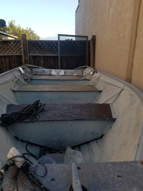 Valco 12 foot aluminium skiff with galvanized trailer new bearing buddies  bait tank bilge pump