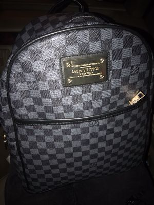 Louis Vuitton Grey Daumier backpack