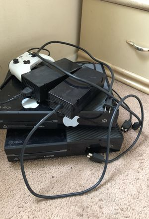2 Xbox's for the price of 1 . (Barely used) Seperately 110 each .