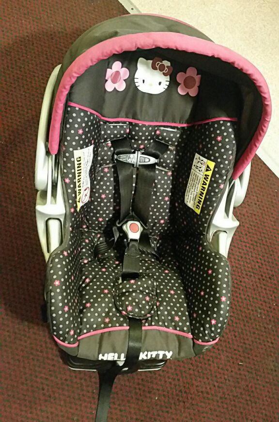 hello kitty infant car seat baby kids in federal way wa offerup. Black Bedroom Furniture Sets. Home Design Ideas