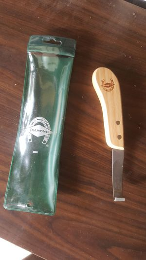 Diamond brand hoof knife