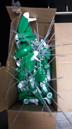Spray bottles tops