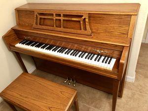 Like new Yamaha piano