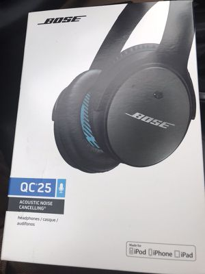 Bose QC25 Noise canceling headphones w/ Bluetooth accessory