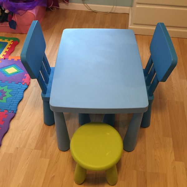 children 39 s ikea plastic table and chairs baby kids in. Black Bedroom Furniture Sets. Home Design Ideas