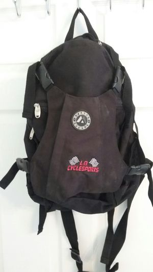 NICE EVEREST L.A CYCLESPORTS BACKPAK LIKE NEW EXCELLENT CONDITION