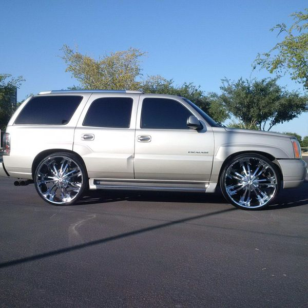 Cadillac Escalade 3rd Row Seats: 2004 ESCALADE Lowered On 28s }}}} (Cars & Trucks) In Gilbert, AZ