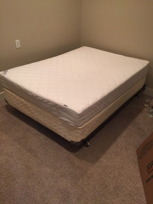 Double size bed with box springs and frame furniture in for Furniture movers seattle