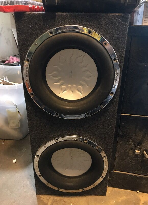 """2 12"""" Audiobahn subwoofers in a box (AW1206Q) (Audio Equipment) in ..."""