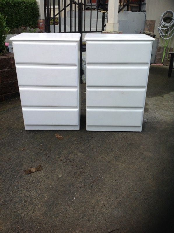 White drawers furniture in everett wa offerup for Furniture in everett