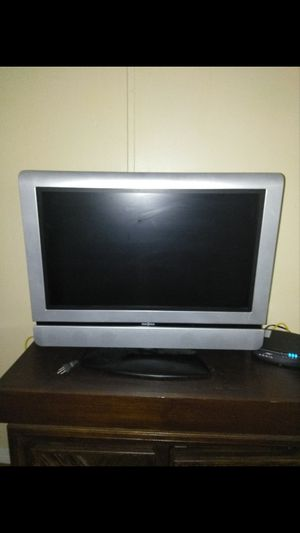 """Insignia 30"""" 720p HDTV"""