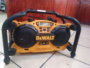 Dewalt DC011 Job Site Radio/Charger w AUX Cord