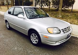 2003 Hyundai Accent ONLY $2900 ! LOW miles