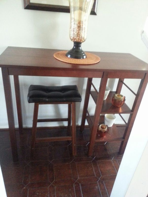 Table Kitchen Island With Stool And Shelving Furniture In