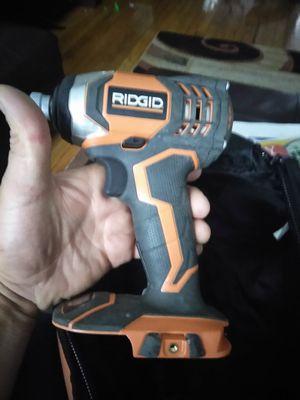 Ridgid drill de inpacto solo El drill no battery ni cargador precio firme