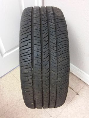 1 Goodyear Eagle RS-A 235 55 17 Used Tire Tread 6.75/32-8/32 (B)